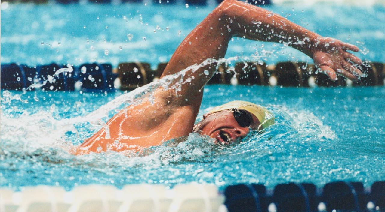 صورة بركة السباحة في المنام , تفسير رؤية السباحه في المنام