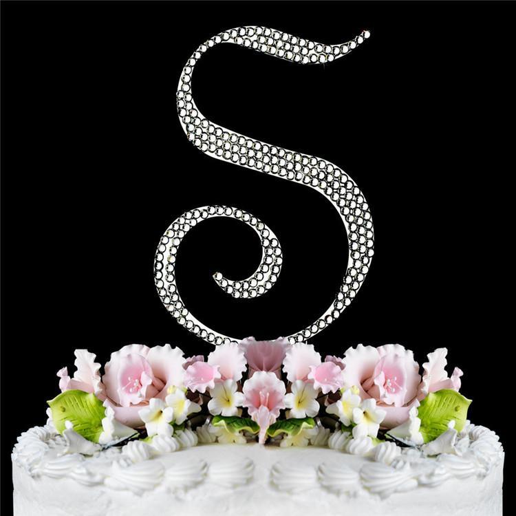 صورة تورتة عليها حرف s , اجمل تورته بحرف ال S