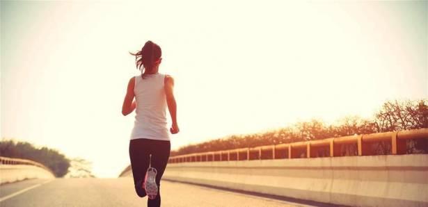صورة تفسير الجري في الحلم , الجري في المنام 3065 1