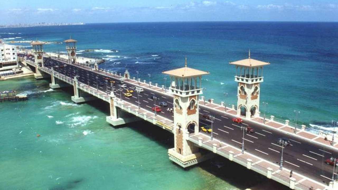 صورة موضوع تعبير عن رحلة الى البحر , البحر و جماله للتمتع 1998