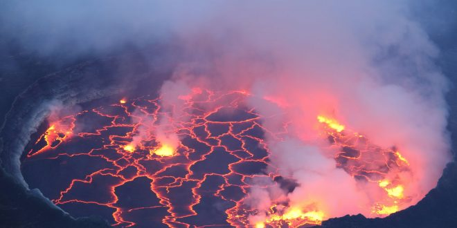 صورة بحث عن البراكين والزلازل , الكوارث الطبيعيه ومخاطرها