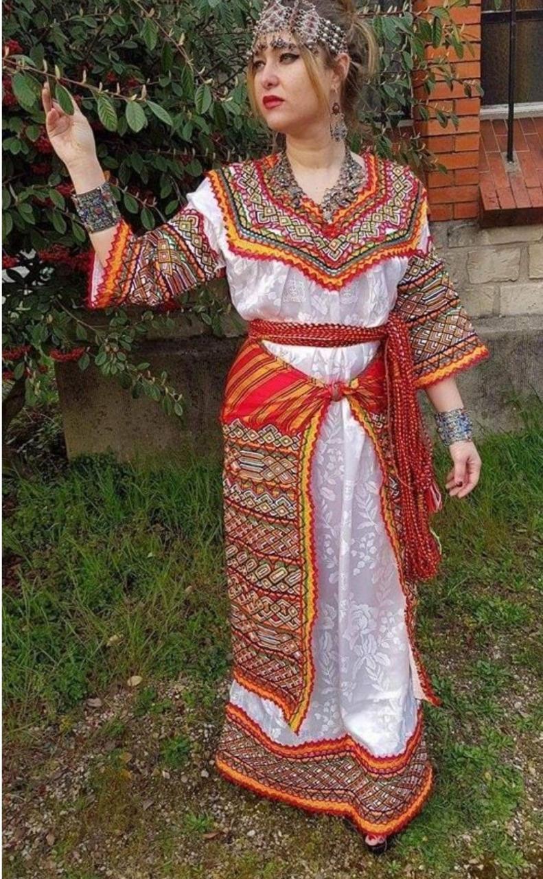 صورة لباس قبائلي للبنات , ابهى واروع البسة الفتيات القبائلية