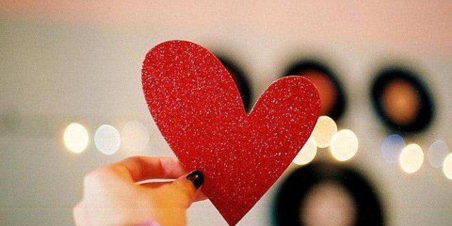 صورة حالات واتس حب فيس بوك , عبر عن حبك باروع حالة حب على الواتس او الفيس بوك
